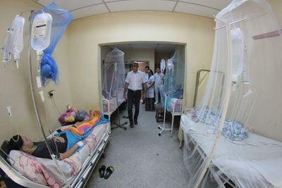 Cuadros febriles: extienden horario de consultas en Hospital de Villa Elisa
