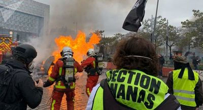 Detienen a varias personas en una nueva marcha de los Chalecos Amarillos
