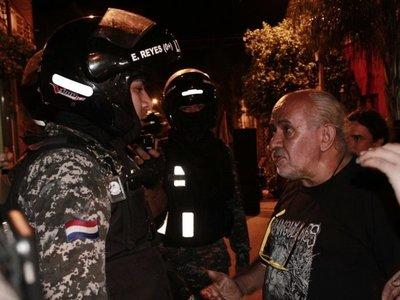 Denuncian agresión de agentes del Grupo Lince en La Chispa