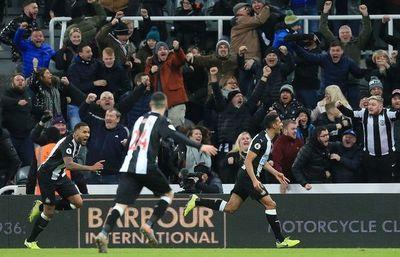Newcastle amarga al Chelsea en el último minuto