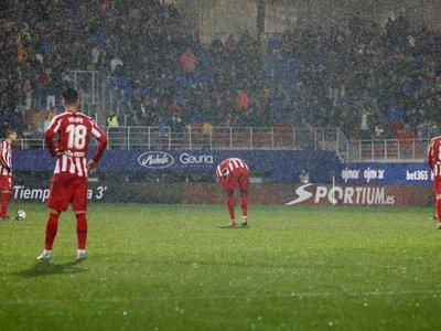 El Atlético naufraga en Eibar