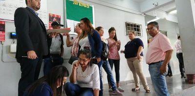 Municipalidad de Lambaré inició el pago de sueldos de sus funcionarios