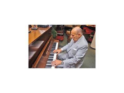 Adiós a Óscar Faella, brillante compositor pianista e intérprete