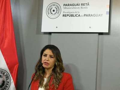 Cadena de destituciones. Ministra Pérez puso su cargo a disposición pero no piensa caer sola