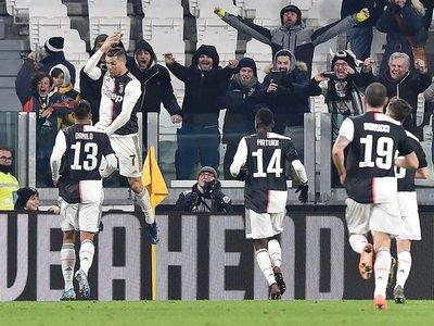 Cristiano firma doblete y hace más líder a Juventus