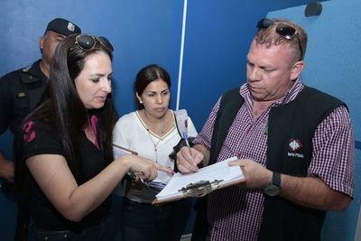 Exdirector del penal y otros 30 guardiacárceles seguirán detenidos y mañana serían imputados