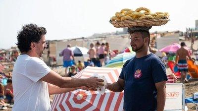 Chipa paraguaya sin gluten es furor en playa argentina