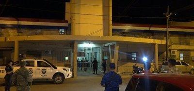 Tacumbú: Trifulca entre reos termina en un herido