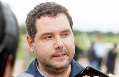 Renuncia viceministro, acusado por corrupción en Brasil
