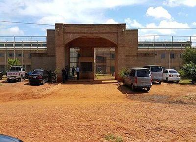 Pelea de reos en cárcel de Misiones deja un muerto y varios heridos