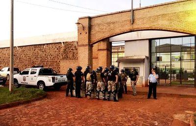 Imputan y ratifican pedido de prisión para exdirector de penal y guardiacárceles