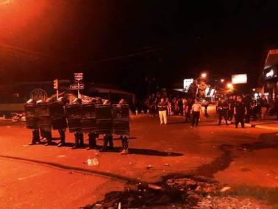 Incidentes al término de la asamblea en Luqueño •