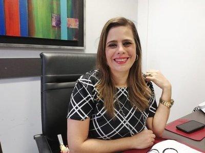"""Kattya González: """"Es una vergüenza"""" que reunión de legisladores con ministros sobre fuga en Pedro Juan sea privada"""