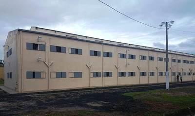 Incautan armas blancas y celulares tras allanamiento en el penal de San Pedro
