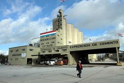 Personal de INC controló incendio en planta de Villeta