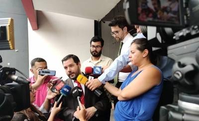 HOY / El bolígrafo regalado por el  abogado de Minotauro: 'Ni  se cuánto cuesta' dice Volpe