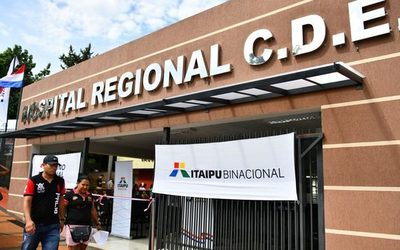 Inauguran obras de revitalización en el Hospital Regional de CDE