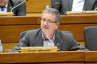 Diputado pide no contratar a operadores políticos en cárceles