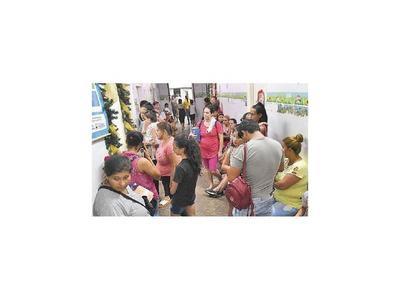Cerca de mil consultas en Lambaré