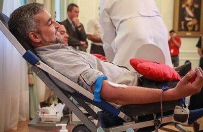 Ministro de Salud confirma que Mario Abdo tiene dengue