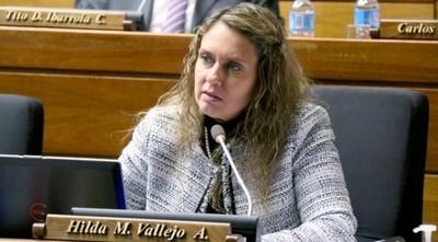 Diputada defiende labor de la ministra de Justicia: 'sin recursos no puede hacer nada'
