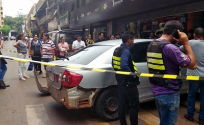 Choque de vehículos deja dos turistas argentinas lesionadas