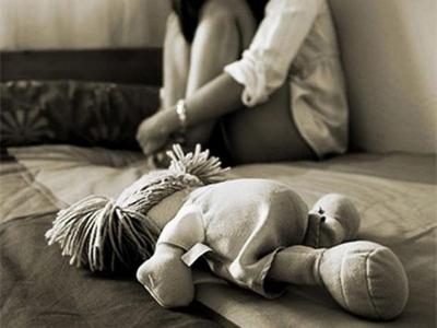Fiscalía solicita prisión preventiva para un hombre que abusaba de su hijastra