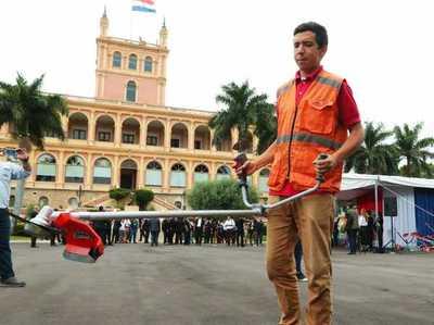 Gobierno entrega equipos de limpieza a gobernaciones para intensificar lucha contra el dengue