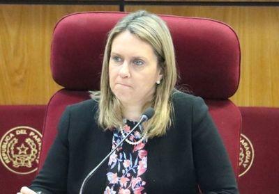 Rocío Vallejo advierte que proyecto de financiamiento político ya no será tratado