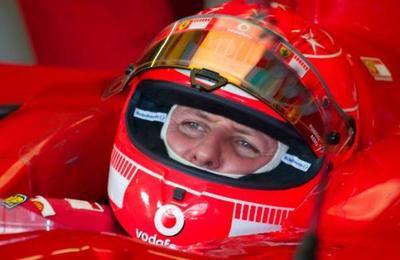 Denuncian el robo de fotos de Michael Schumacher postrado en la cama