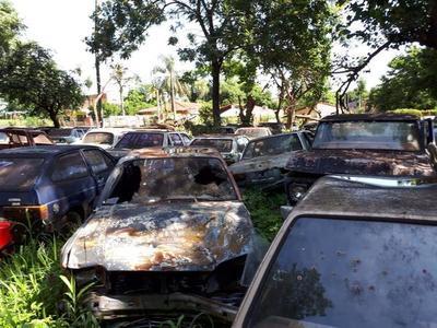 Juez da orden a Policía para destruir 9.516 vehículos
