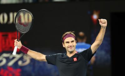 HOY / Roger Federer gana y establece nuevas marcas