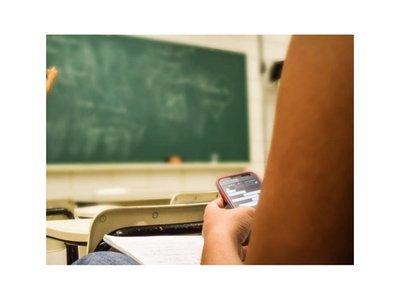 Tarjeta roja para celus en los colegios