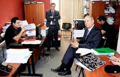 """Según abogado de Ferreiro, jueza admitió imputación """"por costumbre"""""""