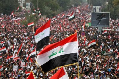Miles de iraquíes piden retirada de tropas de EE.UU.