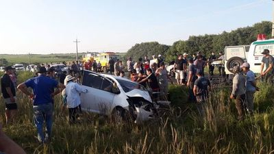 Al menos dos fallecidos en cuádruple choque en San Patricio, Misiones