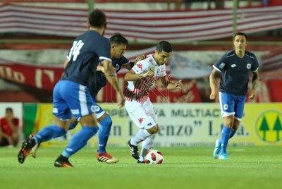 San Lorenzo perseveró y cerca del final castigó al '12'