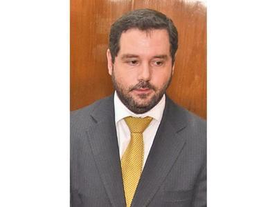 Hugo Volpe afirma sentirse  traicionado por  fiscala general