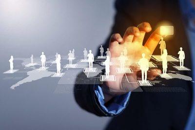 Grupos empresariales diversifican conglomerados de medios