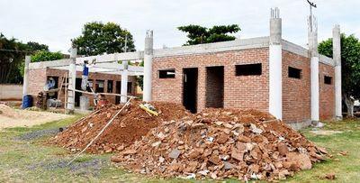 Obras para terminal de Arroyos y Esteros: intendente se defiende y Contrataciones pide informes