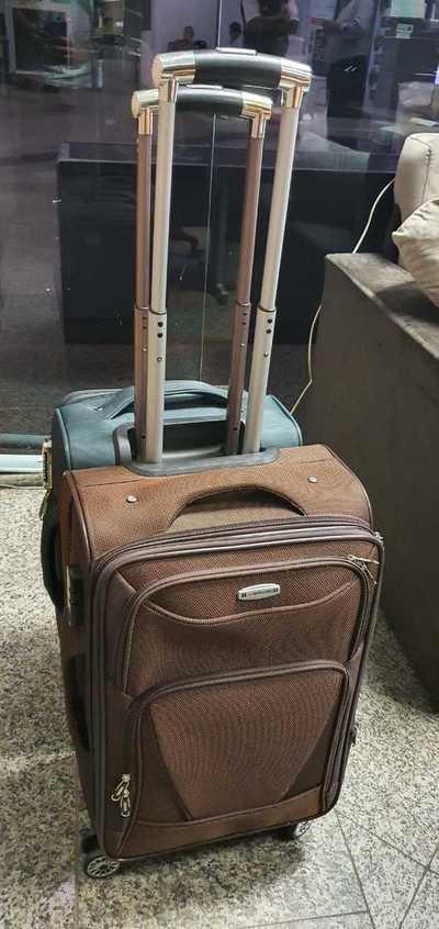 Detienen a dos personas en el Aeropuerto por presuntamente transportar drogas