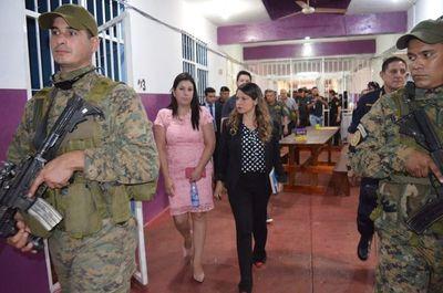 Altos jefes policiales recorrieron el penal de PJC