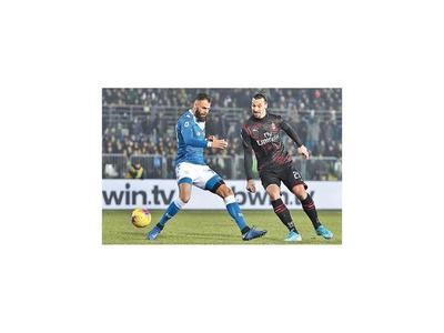 Milan y Torino van por un lugar en semi