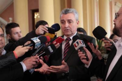 El Gobierno tiene una clara decisión de combatir el lavado de dinero, afirma jefe de Gabinete