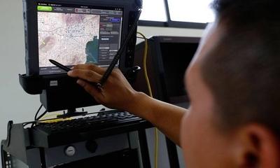HOY / Culpan a Abdo por crisis en  cárceles y piden radares para  pescar a mafia por vía aérea