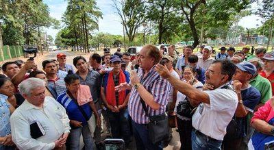 Gobernador se compromete en acompañar el pedido de los adultos mayores