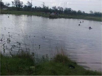 Buscan a joven desaparecido en una laguna en Areguá