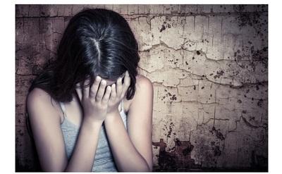 Adolescente encontrada maniatada y desnuda será tratada en el Centro Nacional de Adicciones.