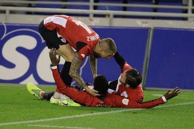 El Athletic sigue tras flirtear con la eliminación