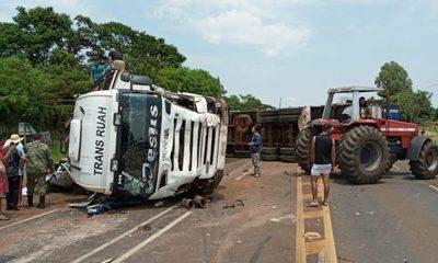 Cuatro docentes muertos en accidente